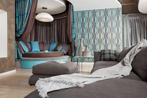 Что лучше угловой диван или кровать. Когда в спальню лучше выбрать диван нежели кровать?