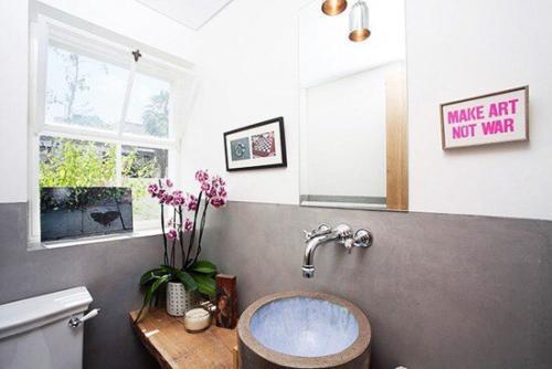 Орхидея в интерьере жилого дома. Орхидеи в ванной комнате?