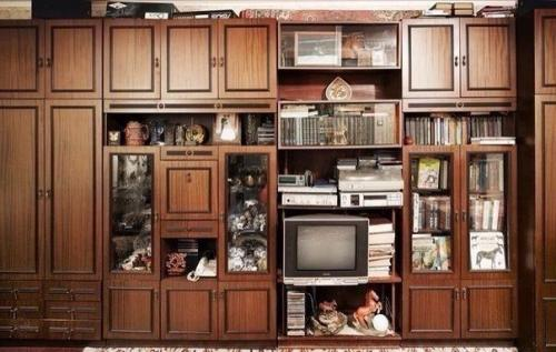 Советские мебельные стенки названия. Вещи века: советские стенки 80-х.