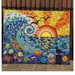 Декоративные мозаичные картины и панно из битой посуды и ненужной кафельной плитки.