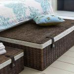 Где хранить вещи в маленькой спальне, если у вас нет гардеробной и большого шкафа!