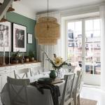 Фрагменты интерьера небольшой двухуровневой квартиры, расположенной в старом доме в Стокгольме.
