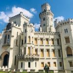 На юге Чехии, в 140\xA0км от Праги, расположен один из самых красивых и интересных замков Европы\xA0- глубока - над - влтавой.