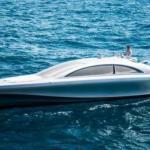 Компания Mercedes - Benz представила 960-сильную моторную яхту Arrow460 Granturismo.