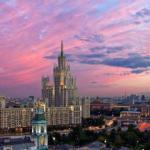 18 интересных фактов о сталинских высотках.