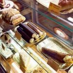Топ 20 мест для сладкоежек в Петербурге.