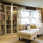 Где найти место для книг в маленькой квартире: интересные идеи по организации пространства?