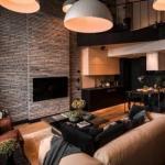 Респектабельный интерьер с мужским характером в 2-этажной квартире.