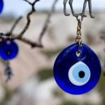 Глаз Фатимы - оберег от сглаза.