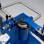 При строительстве или проведении ремонтных работ часто возникает необходимость согнуть трубу.